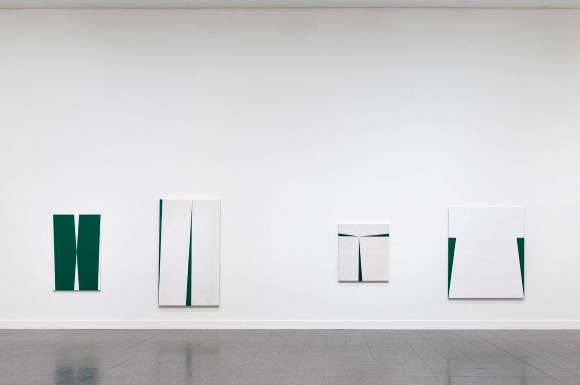 Carmen Herrera Blanco y Verde Woman Art House