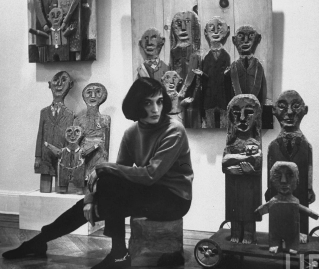 Marisol-Escobar Marisol Escobar, 1957. Fotografía por Walter Sanders para Time & Life
