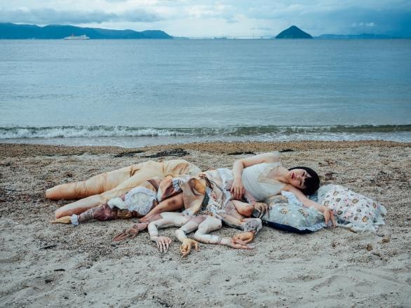 Mari Katayama, serie Bystander, 2016